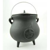 Cauldron With Pentagram 21 x 18cm