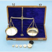 """Nickel Balance Scale 10g Capacity in Case 7"""" x 4"""""""